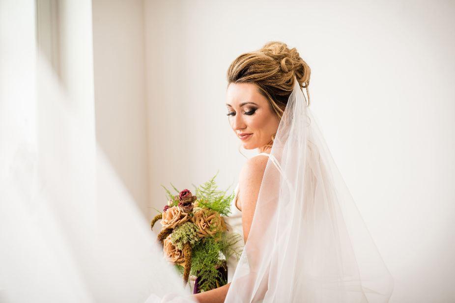 نکات مهم در مورد آرایش و شینیون عروس